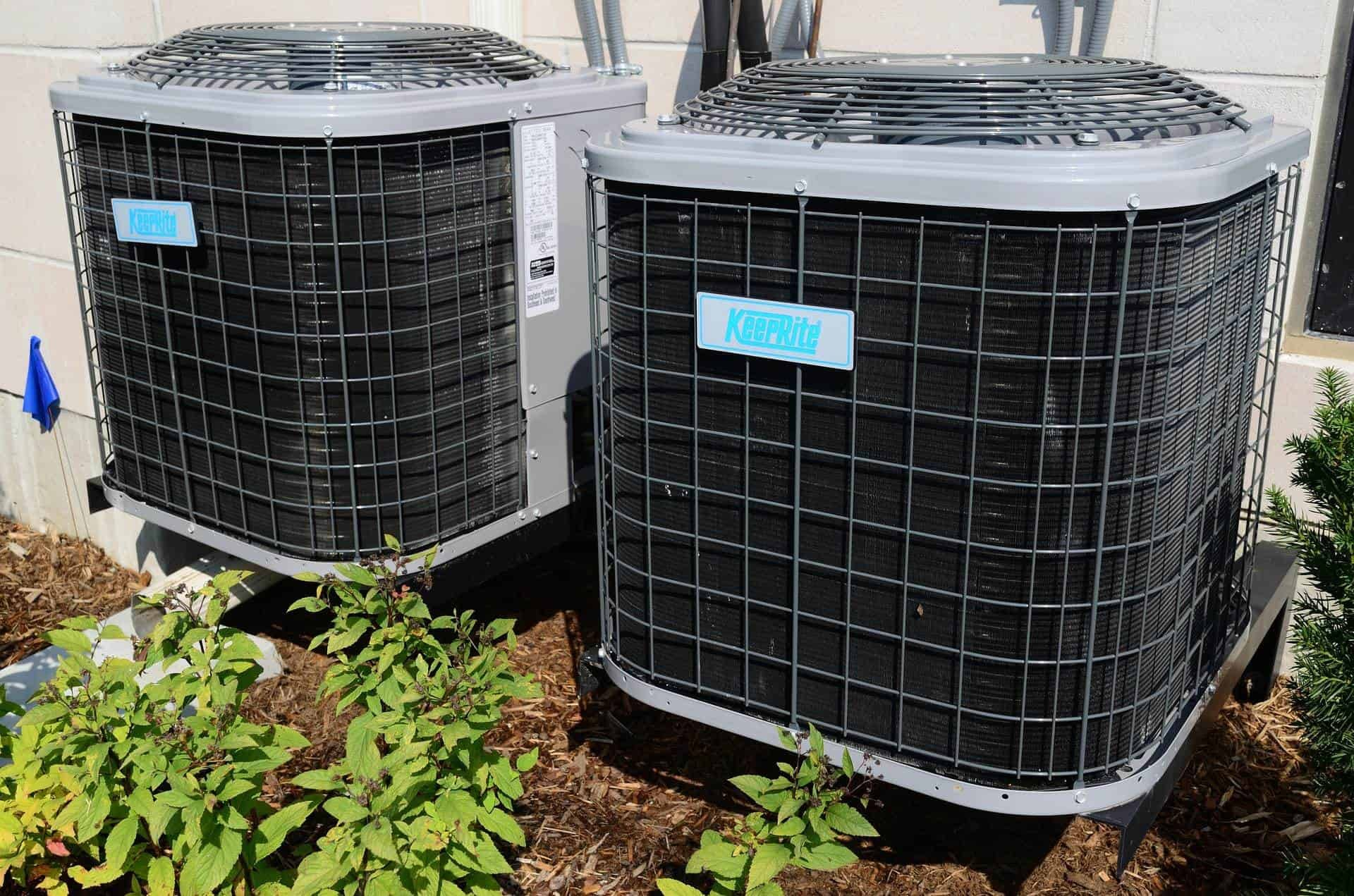commercial air conditioning units outside a building